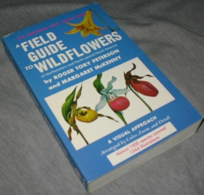 A Field Guide to Wildflowers - Of Northeaster an Northcentral North America, Peterson, Roger Tory & McKenny, Margaret
