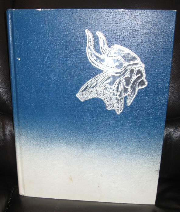 Valkyre Yearbook, 1976 - Pleasant Grove, UT